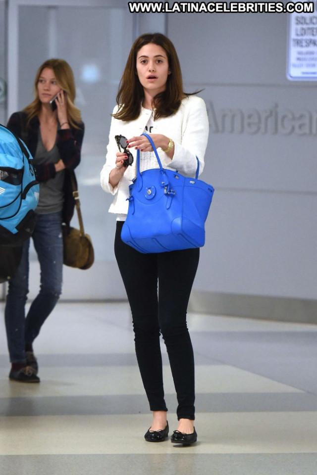 Emmy Rossum Jfk Airport In Nyc Celebrity Nyc Babe Paparazzi Posing