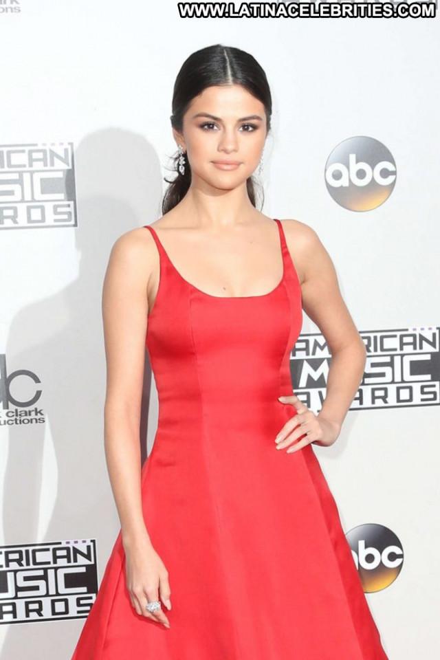 Selena Gomez American Music Awards Beautiful Babe Paparazzi Awards