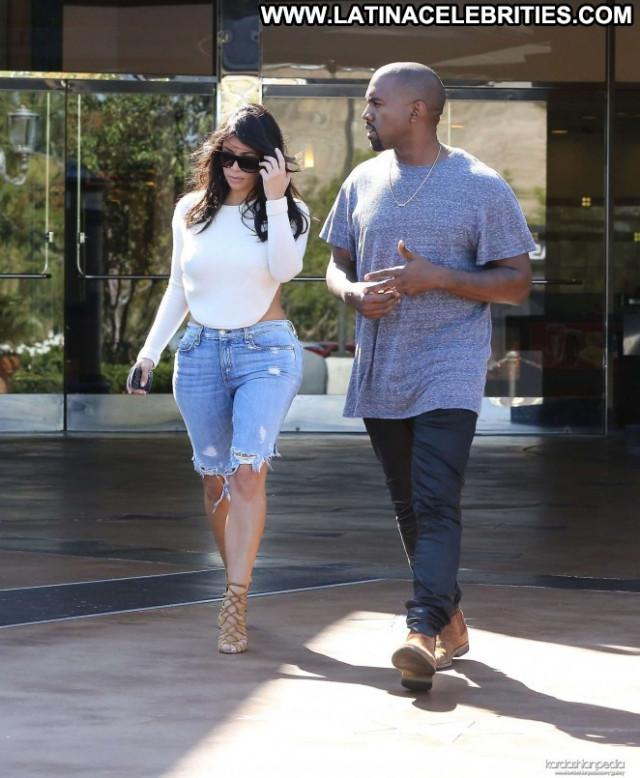 Kim Kardashian Movie Theater Beautiful Celebrity Paparazzi Posing Hot