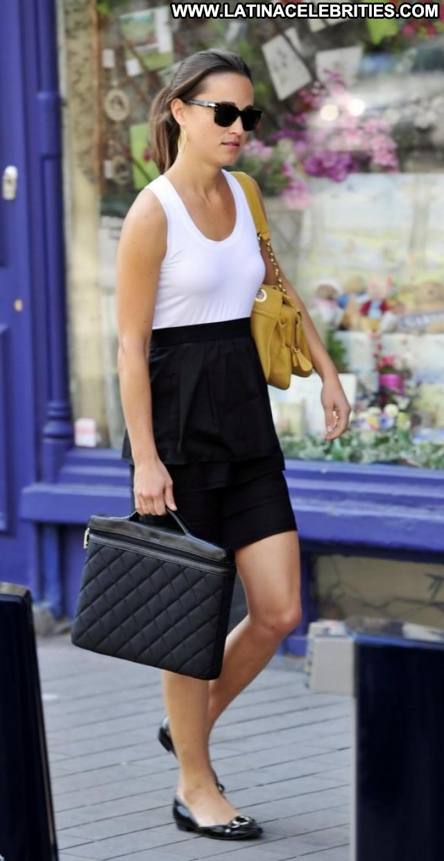 Pippa Middleton Beautiful Celebrity Candids London Paparazzi Babe