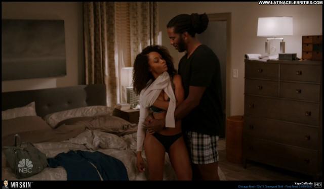 Yaya Dacosta Chicago Med Ebony Brunette Celebrity Small Tits Sensual