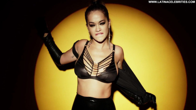 Rita Ora Topless Photoshoot Candid Candids Bra Desi British Angel