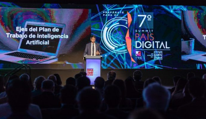 Meet the experts who will elaborate Chile's national policy in AI