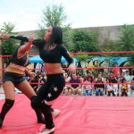 Atena vs Luna got the crowd going with their high energy match full of body slams and acrobatic moves