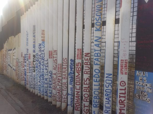 BorderWall2