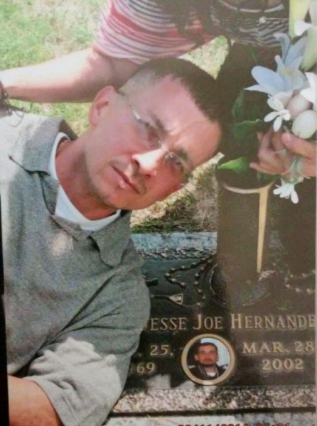 Jay Hernandez, at the grave of his brother, Jesse.