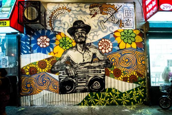 First mural up - Johnny and The Boombox - 1984 - 140th and Brook Avenue - Mott Haven. Photo by Ricky Flores