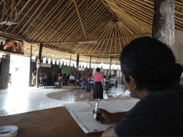 Diálogo en Sarayaku