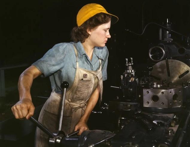 A factory worker during World War II (Public Domain)