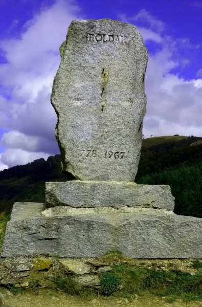 Monument to Roland at Ibañeta Pass
