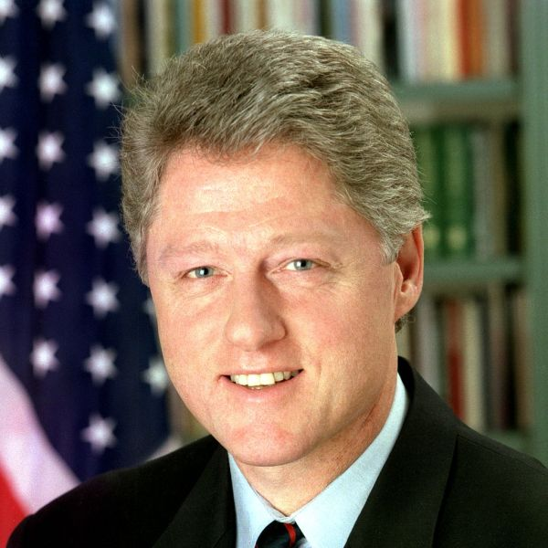 1024px-Bill_Clinton_(square)