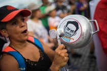 Puerto Rico Braces for Clashes Over Island's Next Leader