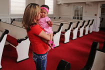 More Central American Migrants Take Shelter in Churches, Recalling 1980s Sanctuary Movement