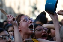 Mexican Women Protest Murders of Activists, Target Monuments