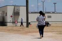 Despite Judge's Order, Migrant Kids Remain in ICE Custody