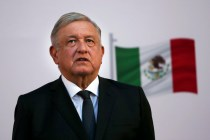 Mexico President Warns Against False Claims of Open US Doors
