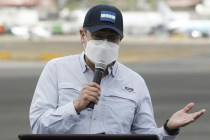 Accountant Testifies He Saw Honduras President Take Bribes