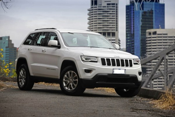 2014-Jeep-Grand-Cherokee-Laredo