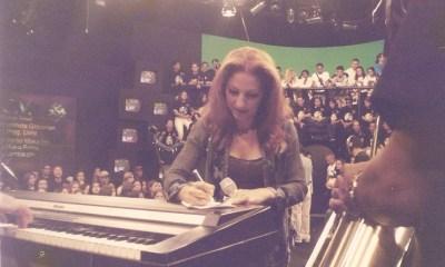 Gloria Estefan Autografando