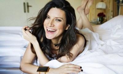 Laura Pausini está preparando seu novo álbum, Simili