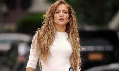 E a pergunta é: cadê o disco, Jennifer Lopez?