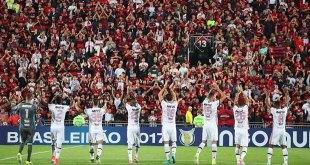 Torcida do Flamengo criou versão de Despacito
