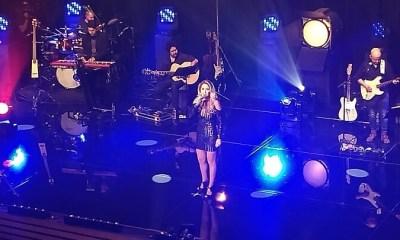 Lucero faz seu primeiro show no Brasil