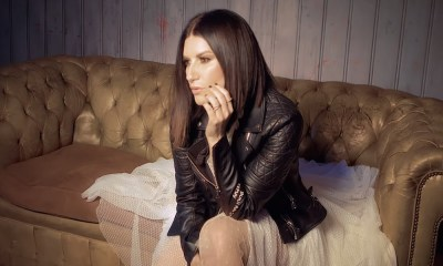 Viagem de Laura Pausini ao Brasil foi adiada