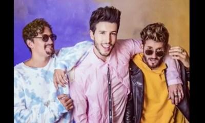 Ya No Tiene Novia é a música de Sebastian Yatra com a dupla Mau y Ricky