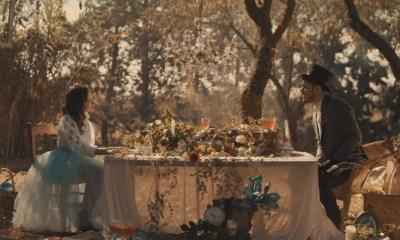 O videoclipe de No Creo en Nada foi inspirado em Alice no País das Maravilhas. María Parrado dá vida a Alice enquanto Cepeda vive o Chapeleiro Maluco.