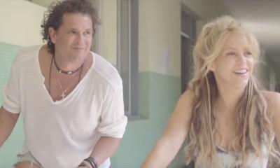 Carlos Vives e Shakira no clipe de La Bicicleta