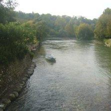 barca in riva al Mincio
