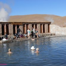 bagno nella laguna El Tatio