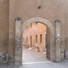 entrata al castello Magliana