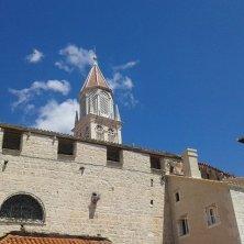 Trogir palazzi e campanile