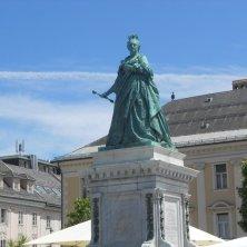 statua Maria Teresa d'Austria