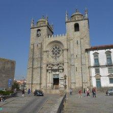 cattedrale e piazzale