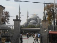 Moschea Blu vista dall'uscita di Santa Sophia