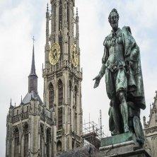 Groenplaats with statue of Rubens (c) Kris Jacobs