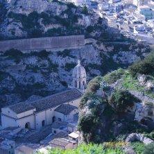chiesa San Bartolomeo dall'alto