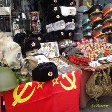 bancarelle memorabilie sovietiche