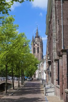 tower of Delft's Oude Kerk