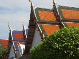 tetti rossi del tempio