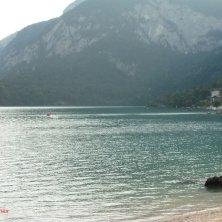 acqua del lago