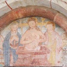 affreschi portale chiesetta