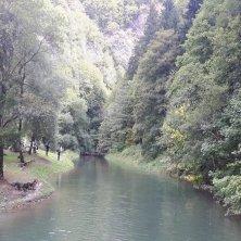 lago Molveno visto dal ponte