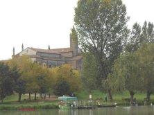 chiesa e imbarcadero