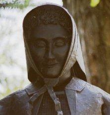 statua di strega
