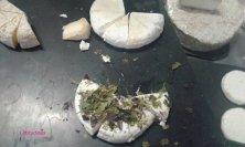 formaggi dell'isola con erbe