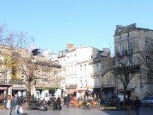 piazza della chiesa di Saint Michel